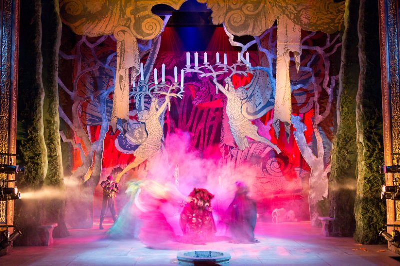 Beauty & The Beast Set Design - Royal Lyceum Theatre
